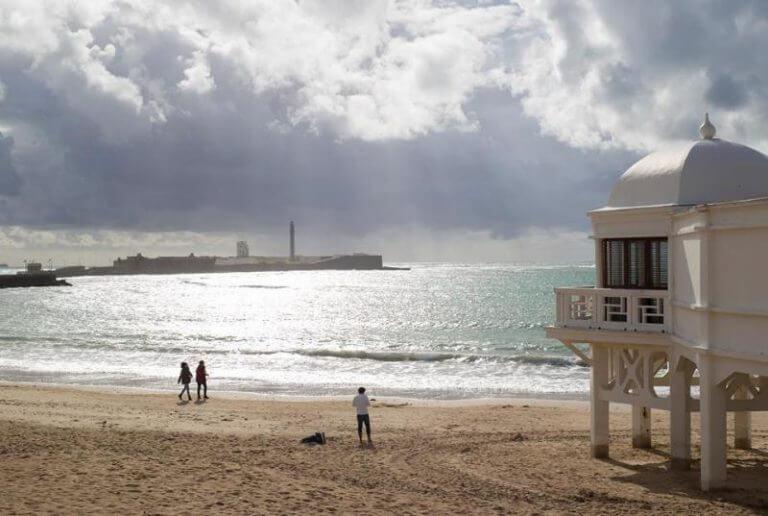 Plaża La Caleta w Kadyks zwiedzanie